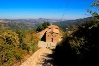 44 - Chiesa di S.Cataldo posizionata in alto sulla roccia da dove il panorama è superbo