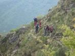 43 - Scuola-di-escursionismo-est-monte-rosa-esercitazione-di-conduzione-in-sicurezza-di-una-escursione-su-terreno-impegnativo
