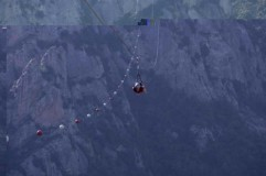 50 - Sul Volo dell'Angelo, tra Pietrapertosa e Castelmezzano, in provincia di Potenza, nelle Dolomiti lucane,
