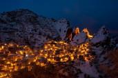 6 - Castelmezzano, di notte sotto la neve...