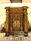 16,4 -Interno della chiesa Opera in ferro battuto -Altare
