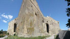 168 - Napoli. Castel Sant'Elmo - Sulla collina di Napoli, uno dei monumenti più rappresentativi e più raffigurati nelle ... Da allora Castel Sant'Elmo venne adibito a carcere militare, fino al 1952.