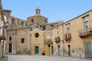 21- Irsina-Borgo antico- La cattedrale da piazza xx settembre