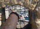 197-Napoli- Interno al Castel dell'Ovo- vecchio cannone