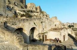 22 - Ai Sassi di Matera patrimonio dell'Unesco,.-