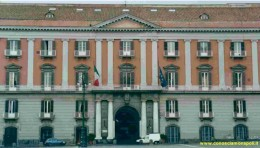 33 - Napoli -piazza-plebiscito-palazzo-Salerno- edificio-venne- fu fatto costruite-nel-1775--da Ferdinando-iv.