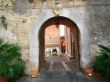 24 - Il Castello di San Basilio