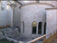 27 - L'abbazia trinità di Venosa