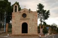 34- Chiesa rurale di San Leonardo - All'interno si può ammirare una bellissima statua del santo. È una rettoria della Parrocchia Cristo Re.