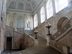 38 - Napoli- Interno del Palazzo- Dal 1919 l'Appartamento Reale è adibito a museo con il nome di Appartamento Storico, esso racchiude tutte le stanze 'di etichetta' al Piano nobile.