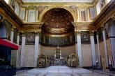 40 -Napoli. Palazzo Reale . La Cappella Reale- Dedicata all'Assunta , meraviglioso l'altare barocco, ad opera di Dionisio Lazzari.