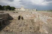 37 - Venosa, parco archeologico, terme, il calidarium con le classiche sospensurae