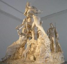 81 - (Museo Archeologico Nazionale di Napoli)Toro Farnese III sec. d.c. da originale da età ellenistica