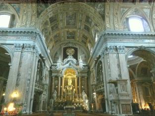 10 - Napoli -Interno della Chiesa del Gesù Nuovo-