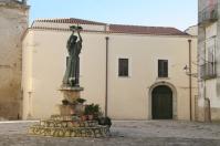 18 - Irsina- Piazza san francesco, chiostro convento