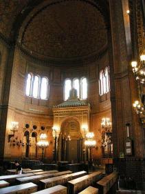 52-Trieste. Interno della Sinagoga