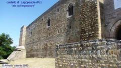 10 -Il Castello -di-Lagopesole - Il castello, oggi proprietà demaniale e sede del Corpo Forestale dello Stato, ospita varie attività culturali e dal 2000 accoglie l'Antiquarium che ospita materiali medievali rinvenuti durante le campagne di scavo effettuate nel cortile minore alla fine degli anni '90