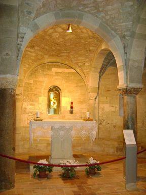 20 - San Leo, interno del Duomo- cripta