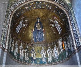 20- Trieste. Cattedrale di San Giusto. interno mosaico