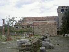 21 -Castello di San Giusto. Fortezza-museo situata sul colle omonimo, adibito a museo civico della municipalità triestina