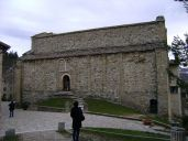 24 - San Leo- La pieve di Santa Maria Assunta. La fiancata destra