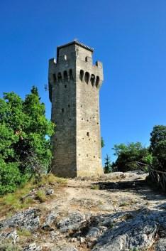 24 - Città di San Marino- la Terza Torre, Montale -