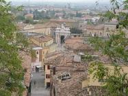 18- Visitiamo quindi Santarcagelo di Romagna. Nelle foto, il centro storico. -