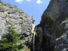 98 - - Trieste , il Carso nella val Rosandra il fiume e le sue cascate