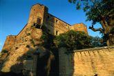 39 - Rocca Malatestiana: La Rocca Malatestiana di Santarcangelo è stata voluta e costruita, come molte altre rocche presenti in Romagna, dalla famiglia Malatesta. La struttura è caratterizzata da un'alta torre del XIV sec. La Rocca assunse però solo nel 1447 la struttura che ancora oggi conserva.