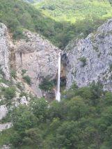 99 - Trieste , il Carso nella val Rosandra il fiume e le sue cascate