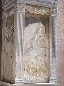 12 - Cappella-dello-zodiaco-Rilievi di Agostino di Duccio (Cancro e Diana)