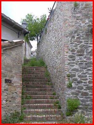 47 - Cerreto di Saludecio - scalinata