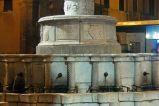 29 - Rimini- Piazza Cavour - Fontana della Pigna.