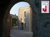 44 - Cerreto di Saludecio - La porta di ingresso al Castello