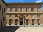 106 - Pesaro. Museo diocesano, ospitato nei locali del palazzo Lazzarini di fronte al Duomo
