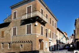 36 - San Giovanni in Marignano, Palazzo Corbucci