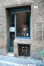35 - Pesaro. Casa- Rossini- particolare-