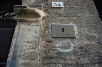 37 - Pesaro. Casa-Rossini- particolare