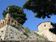 32 -Montebello Mura e mastio del castello, dettaglio.