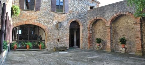 35- Castello di Montebello..