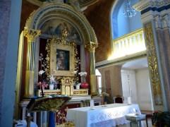 42 - - Sopra il tabernacolo la Madre della Divina Grazia,, dipinto assai venerato dai pellegrini - Santuario della Madonna di Bonora - Montefiore Conca (RN)