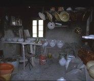 47 -Montefiore Conca, bottega- Franchetti-interno-