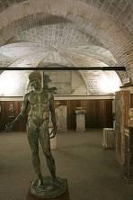 64 - Pesaro. Museo archeologico- Oliveriano, interno