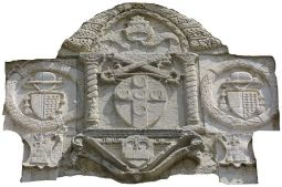 10 - Montefiore Conca stemma sopra la porta Curina.