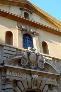 104 - Pesaro-Teatro. Gioacchino Rossini. particolare