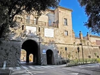 112 - Pesaro- Porta -Rimini, mura Roveresche