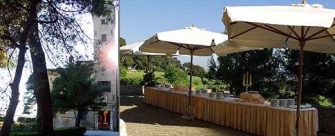 146 - Pesaro. Villa-Imperiale. Il viale di accesso ed un cocktail buffet servito in terrazza.