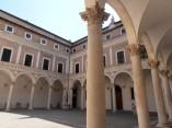 6 - Urbino-Palazzo Ducale. Cortile