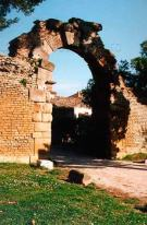 9 -Fano. Porta Romana