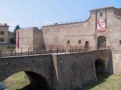 16 - Fano. Accesso alla Rocca